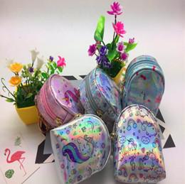 Niños niñas regalos de cumpleaños Unicornio lentejuelas fantasía bolsillo mochila Laser Mini auricular bolsa arco iris niños monedero carteras desde fabricantes