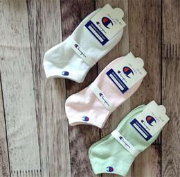 diseños de calcetines de tripulación Rebajas Marca Champion para el tobillo calcetines para hombre del diseño Mujeres calcetines para el tobillo escotado Crew Sock Zapatillas Deportes calcetines del barco del calcetín zapatilla de deporte Medias C61305