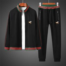 2019 cardigan di buona qualità Buona 19ss Uomini Tuta perfetta qualità e design originale in due pezzi di Suit cardigan e pantaloni fddgsdg ricami raffinati cardigan di buona qualità economici