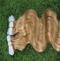 erdbeere blonde haarverlängerungen weft Rabatt Rotblond Farbe 100% Remy Menschenhaar-Webart Klebeband-Haut-Haar-Verlängerungen einschlag 40 Stück / 100 g 10-30 Inchs Körper-Wellen-Haar-Verlängerungen