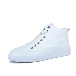 Tubo del cordón de los hombres online-Tubo alto Hombre Zapatillas de deporte blancas Hombres Negro Hip Hop Sneaker 2019 Transpirable con cordones Zapatos para caminar al aire libre Calzado para hombres Mocasines azules