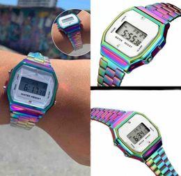 La vigilanza variopinta di marca F91W LED guarda l'orologio digitale ultrasottile del LED degli uomini degli orologi A159 A168 degli uomini di modo che spedice liberamente da