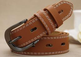 2019 ceinture en cuir marron large pour femme Ceintures design de haute qualité pour hommes Jeans Ceintures styles Ceintures Cummerbund Pour hommes Femmes Boucle en métal avec une boîte