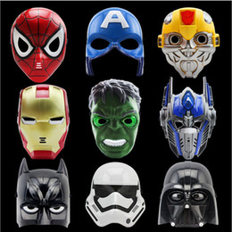 maschera americana del capitano degli adulti Sconti Maschere di film per cartoni animati a LED Maschera da supereroe Batman Spider Man Captain America Hulk Iron Man Maschera per bambini Festa per adulti Compleanno Halloween