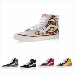 2018 vans SK8-Hi Classic Old Skool White Black zapatillas de deporte Women  Men High-top Low Canvas Casual Skate Shoes E685613 4a39865d3
