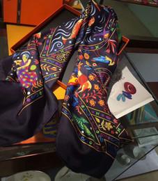 2019 bufanda paisley morada Bufandas de lujo 140 * 140 cm Bufandas lujosas de gran tamaño Pañuelos y pañuelos cuadrados de seda 100% Envolturas Hijabs Pashmina Estampado floral Diseñador de la marca Sil