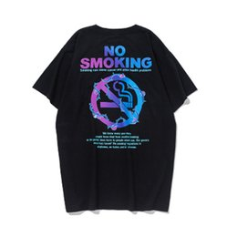 Impression urbaine en Ligne-2019 Printemps Été Urbain Imprimé À Manches Courtes T-shirts Hommes O-Cou Coton Streetwear Couples T-Shirt De La Mode