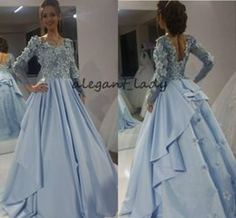 Lange prinzessinkleid prom kleider online-Sky Blue Princess Prom Formal Dresses With Long Sleeve 2019 Luxury 3D Floral Butterfly Low Back Arabic Dubai Occasion Evening Wear Gowns
