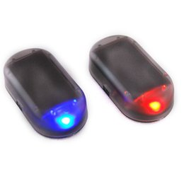 Luces de alarma LED de coche simulan imitación sistema de seguridad solar falso Advertencia Flash Anti-Theft lámpara Universal Interior Decoración desde fabricantes