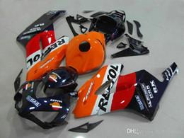 cbr verkleidung weiß orange Rabatt Kostenlose benutzerdefinierte Verkleidungen für Honda CBR1000RR 2004 2005 orange weiß Verkleidungssatz für Spritzgießwerkzeug CBR 1000 RR 04 05 DD26