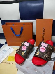 2019 zapato original fenty rihanna Con zapatos Cajas originales Zapatillas Leadcat Fenty Rihanna Zapatillas para mujer Sandalias de interior Zapatillas de moda para niñas Blanco Gris Rosa Diapositiva zapato original fenty rihanna baratos