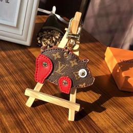 Llaveros de animales online-2019 moda nueva marca de cerdo llavero llavero para mujeres bolsa llavero del coche Trinket regalo de la joyería recuerdos con caja para regalo