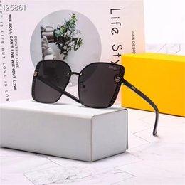 2019 gafas de sol deportivas naranjas gafas de sol de conducción casuales de las mujeres de múltiples colores polarizado marca de estilo ojo de gato de las mujeres gafas de sol de moda las últimas mujeres únicas