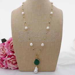 Grüne jade perlenkette online-N090606 26 '' Weißer Reis Perle Grün Kristall Kette Halskette Keshi Perle Anhänger Y19061703