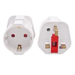 2019 adaptateurs de courant alternatif européens Date Plug AC convertisseur EU Euro 2 Pin to UK 3 Pin Plug AC top vente Universal Adaptateur Convertisseur de Voyage Européen promotion adaptateurs de courant alternatif européens