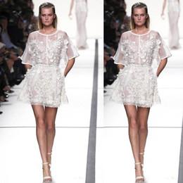 elie saab vestido de cocktail branco Desconto Organza Branco Ver Embora 3D Apliques Curto Mini A-Line Elie Saab Formatura de Formatura Vestidos de Cocktail Vestidos de Festa Formal Vestidos