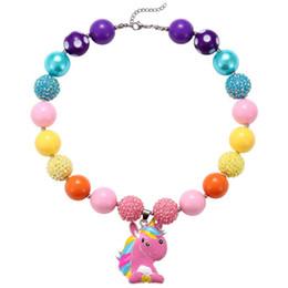 Silber-perlen online-Süßigkeiten Einhorn Clay Chunky Bubblegum Halskette / Pink und Champagner Strass Baby Girl Chunky Bubblegum Perlenkette
