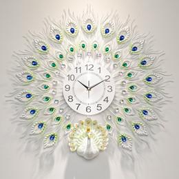 2019 navires cloches Grand Métal Paon Salon Créatif Belle Horloge Murale Horloge Sourdine Européenne Moderne À La Maison De La Mode Décoratif Quartz