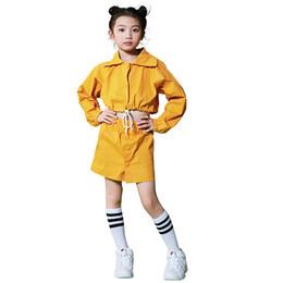 Costume da ballo jazz per bambini Abbigliamento da corsa giallo per ragazza Abbigliamento da hip-hop allentato Abbigliamento da ballo di strada per bambini DC1076 da