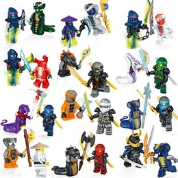 Armar armas online-Ninja Brick Eries 24pcs / set Building Blocks Heroes Kai Jay Cole Zane Nya Lloyd With Weapons Action Toy Ninja Figure Blocks GiftsMX190820