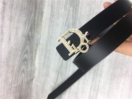 Diseñador superior cinturón de cuero de moda nuevas letras femeninas de lujo de agua taladro hebilla lisa cinturón de accesorios femeninos vestido puede ser al por mayor desde fabricantes