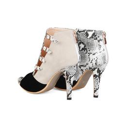 botas de serpiente Rebajas Venta al por mayor Sandalias de serpiente de grano Sandalias de verano Botas de señora Diseñador Zapato Peep Toe Sandalias de tobillo con cierre de espalda Zip Stiletto de tacón alto para mujeres 10 cm