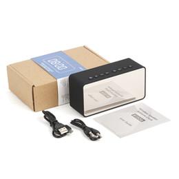 Enceintes numériques portables en Ligne-2019 BT506 Mini Haut-parleur Portable LED Alarme Numérique Réveil Stéréo Son Bluetooth Haut-Parleur Soutien TF AUX avec Micphone Mp3 Lecteur
