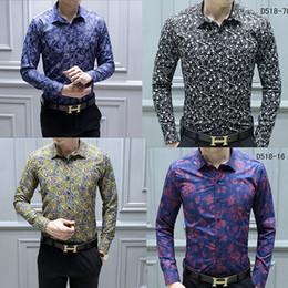 2019 camisas de diseñador de flores para hombre NUEVO Diseñador de moda Slim Fit Camisas Hombre Negro Dorado Estampado floral Camisas de vestir para hombre Camisas casuales de manga larga Ropa de hombres rebajas camisas de diseñador de flores para hombre
