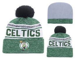 Sombreros esposados online-2018 5 colores, para hombre, con puño, Boston, gorro de punto, gorra de invierno, calidad Skullies, baloncesto, celtics, bordado Pom, puño, sombreros tejidos