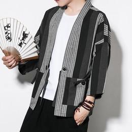 # 4319 Abrigo Kimono a rayas de lino de algodón de punto abierto Vintage Plus Size 5XL Chaquetas y abrigos para hombre Negro / Blanco Kimono Cardigan Hombres # 384887 desde fabricantes
