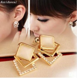 cbd5c56fd5b2 Kuziduocai Nuevo Caliente! Moda joyería fina hermoso color oro perforado  Rhinestone Opal Square Stud pendientes para las mujeres regalo E-100