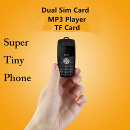 telefono delle cellule della carta del sim del quadrato Sconti Sbloccato Quad Band Band Cellpone Mini X6 Car Key Model Design Telefono cellulare Magic Voice Changer Dual SIM card Tiny Size Cartoon Kids Telefono cellulare