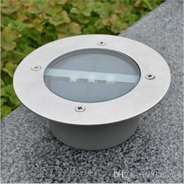 Exterior enterrado led on-line-Lâmpadas enterradas solares ao ar livre do diodo emissor de luz Lâmpada à terra Novo LED jardim luz do gramado vidro temperado movido a energia solar iluminação subterrânea