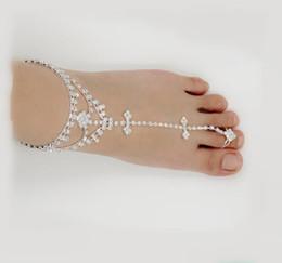 Piedi sandali sexy online-strass sexy sandali a piedi nudi regolabili schiava catena cavigliera cristallo piede gioielli di alta qualità colore argento nave drop accetta