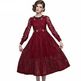 Vestido de flores de outono on-line-Vestido de renda das mulheres de alta qualidade outono e inverno manga comprida runway bordado flor vestidos vestidos