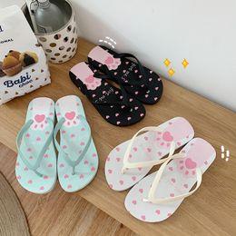 2019 sapatos de borracha coreano para mulheres Ins Estilo Coreano Dos Desenhos Animados Garra-de-Gato Chinelos Mulheres Chinelos Bonitos Estudantes Adorável Sapatos de Borracha Macia Mules Feminino Chinelos de Praia desconto sapatos de borracha coreano para mulheres