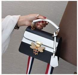 Bolso negro perlas online-Bolso de hombro de la moda de las mujeres diseñador famoso inspirado elegante bolsa de mensajero abejas hombro ocasional negro mujer bolso perla w171