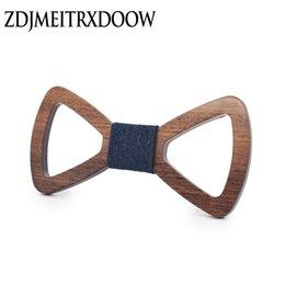 15 cores Novo Estilo Moda gravata de seda Adultos Ties escavar Mens Madeira Bowties Gravata Negócios noivo de madeira laços de