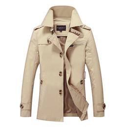 Nuevo Mens Trench Coat Diseñador de moda Hombre Medio-Largo Primavera Otoño estilo británico Chaqueta delgada Cazadora Cazadora Hombre Plus Tamaño M-5XL C19012101 desde fabricantes