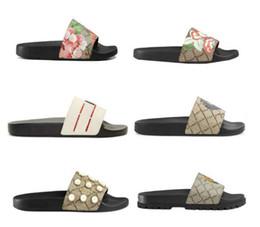 Tasarımcı Kauçuk slayt sandal Çiçek brocade erkekler terlik Dişli dipleri kadınlar çizgili Plaj nedensel terlik Boyutu: 35-45 Ile kutu G3 nereden