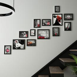 Marcos decorativos para colgar online-Los marcos de madera para fotos Escalera colgantes 13pcs pared de madera Portarretratos Conjunto Escalera Ahorcamientos Inicio accesorios decorativos