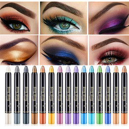 Sombra de ojos plateada online-Fashion Shimmer Shiny Eyeshadow Lápiz Silver White Eyeshadow Stick Cosméticos Sombra de ojos Pluma Resaltador Brillo Herramienta de maquillaje de ojos