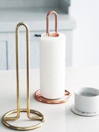 Рулонные стеллажи онлайн-Nordic вертикальный металлический бумажный полотенцесушитель обеденный стол, держатель для туалетной бумаги кухня держатель стойки 12.4