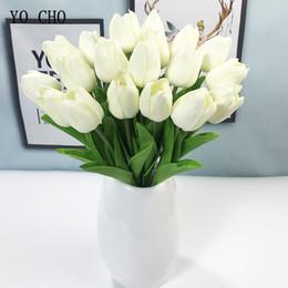 Tulipes jaunes artificielles en Ligne-YO CHO Tulipe Fleur De Mariage Bouquet De Mariée Demoiselle D'honneur Artificielle PU Tulipe Fleurs Blanc Jaune DIY Accueil Parti Bal Décorations De Mariage