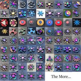 Supereroi metallici giocattoli online-Fidget Spinner Toys Più nuovi 77 Modelli Tri-Fidget Metal Colorato EDC Gyro Supereroe Drago Arcobaleno mano spinners dito giocattolo