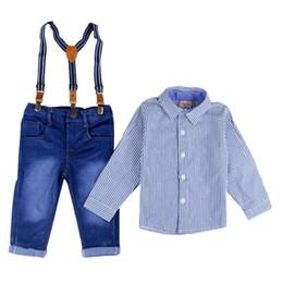 Calça jeans em geral on-line-Conjuntos de Roupas de Criança Primavera Baby Boy Suspender Gentlement Ternos Macacão Jeans + Listrado Camisa Cheia 2 pcs