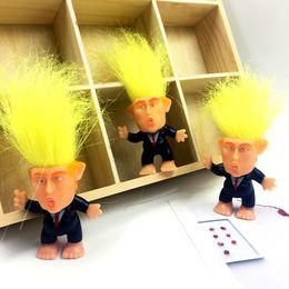 Simülasyon Donald Trump Suit Troll Bebek 6 cm Komik Uzun Saç Başkan Action Figure Masa Araba Dekorasyon Mefruşat ürünleri Toptan supplier 15 doll nereden 15 bebek tedarikçiler