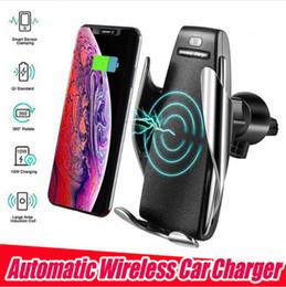 s5 беспроводной приемник зарядного устройства Скидка S5 Автоматический Зажим Беспроводной Автомобильное Зарядное Устройство Держатель Приемник Смарт-Датчик 10 Вт Быстрая Зарядка Зарядное Устройство для iPhone Samsung Универсальные Телефоны