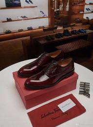 2020 italienische büroschuhe 20ss Luxusmarken-Männer kleiden Schuhe Mode für Männer Tassel Loafers Schuh-echtes Leder Italienisch formalen Kleid Büro Oxfords Schuhe für Männer YETC4 rabatt italienische büroschuhe