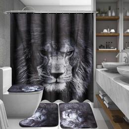 Alfombras de baño negras online-Animales Impreso Cortina de ducha Leones de poliéster Pedestal negro Alfombra Tapa Tapa del inodoro Alfombra de baño Cortina Decoración para el hogar